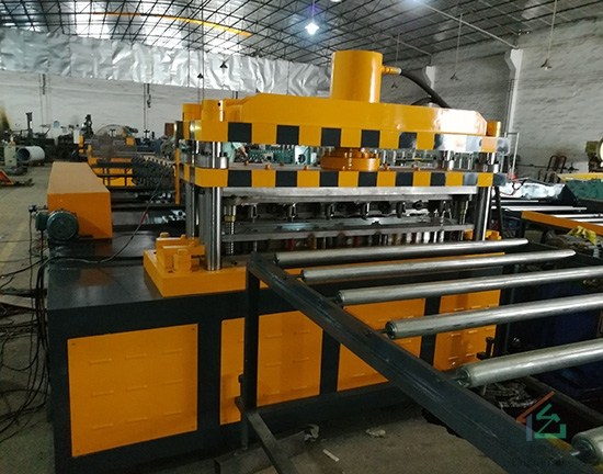 货架层板生产线
